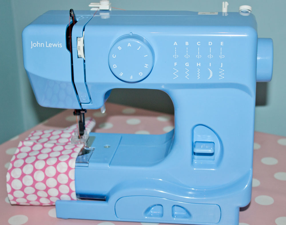 JL mini compact sewing machine